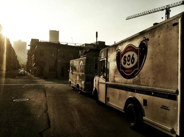 """alt=""""nomadeSO6, camion bouffe de rue"""""""