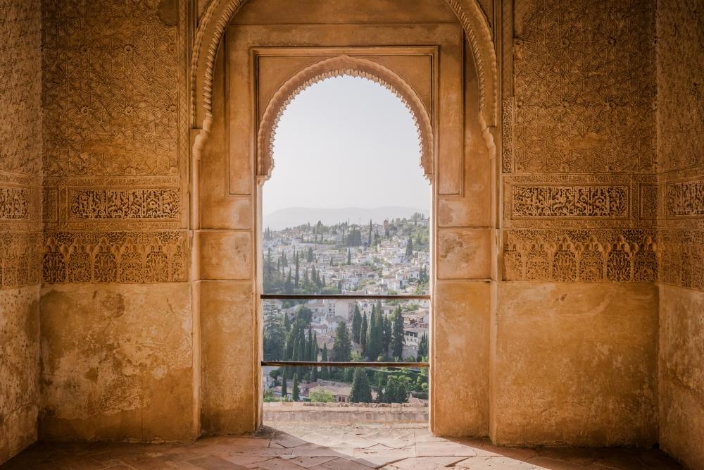 L'Alhambra de Grenade. Photo: Victoriano Izquierdo, Unsplash.
