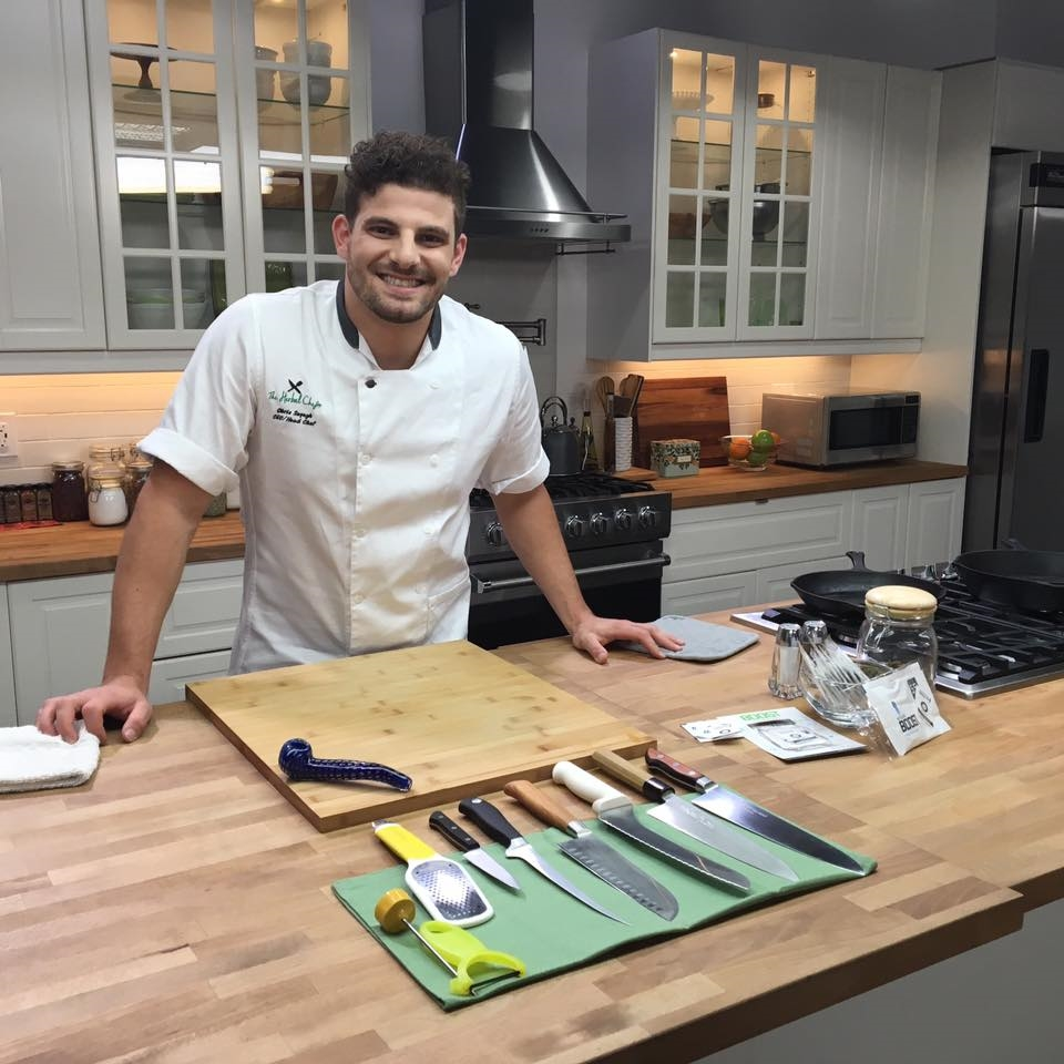 Le chef Christopher Sayegh. Photo: Facebook The Herbal Chef.