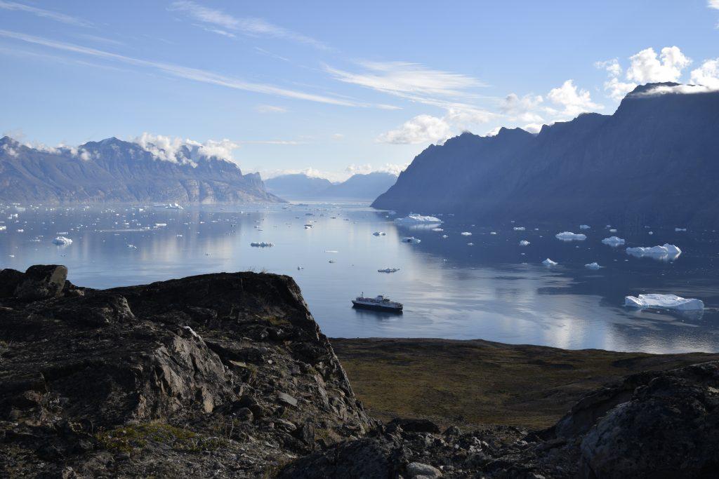 Le Ocean Endeavor peut passer des jours sans croiser âme qui vive. Photo : Véronique Leduc.