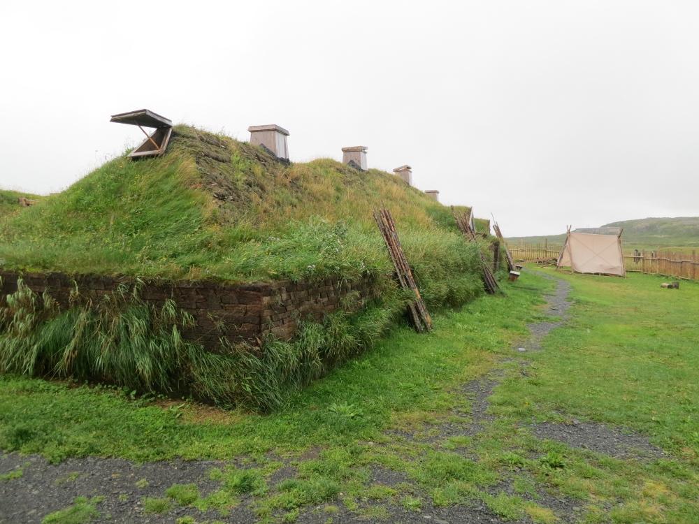 Les curieuses habitations des Vikings à l'Anse aux Meadows. Photo: Flickr, Eric Titcombe