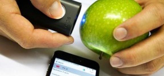 """alt=""""green-tech-ensm-scan-eat-demonstration"""""""