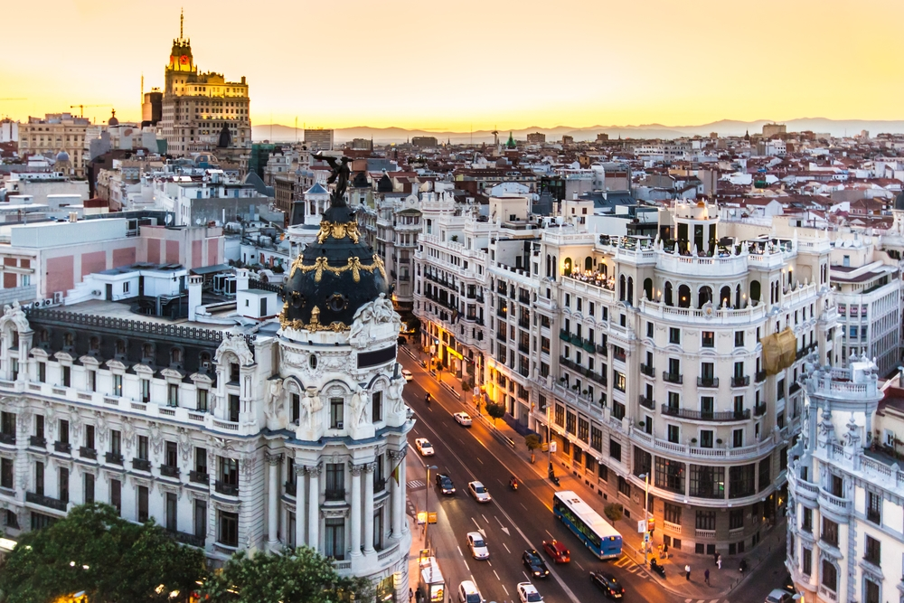 Vue panoramique de Gran Via, Madrid, Espagne. Photo: Deposit.
