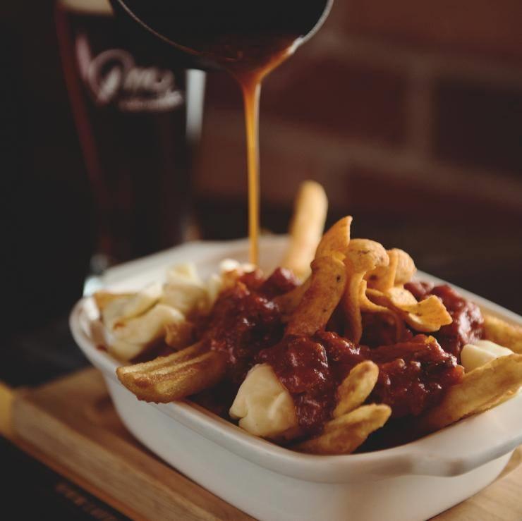 L'Ambiguë Smoked meat et Fritos du restaurant La Voie Maltée de Jonquière. Photo: Facebook La Voie Maltée