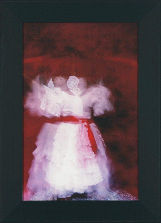 Victory, 2015. Kevin Calixte. Photographie numérique sur papier d'art Hahnemuhle 350 gsm 75 x 55 cm. © L'Artothèque