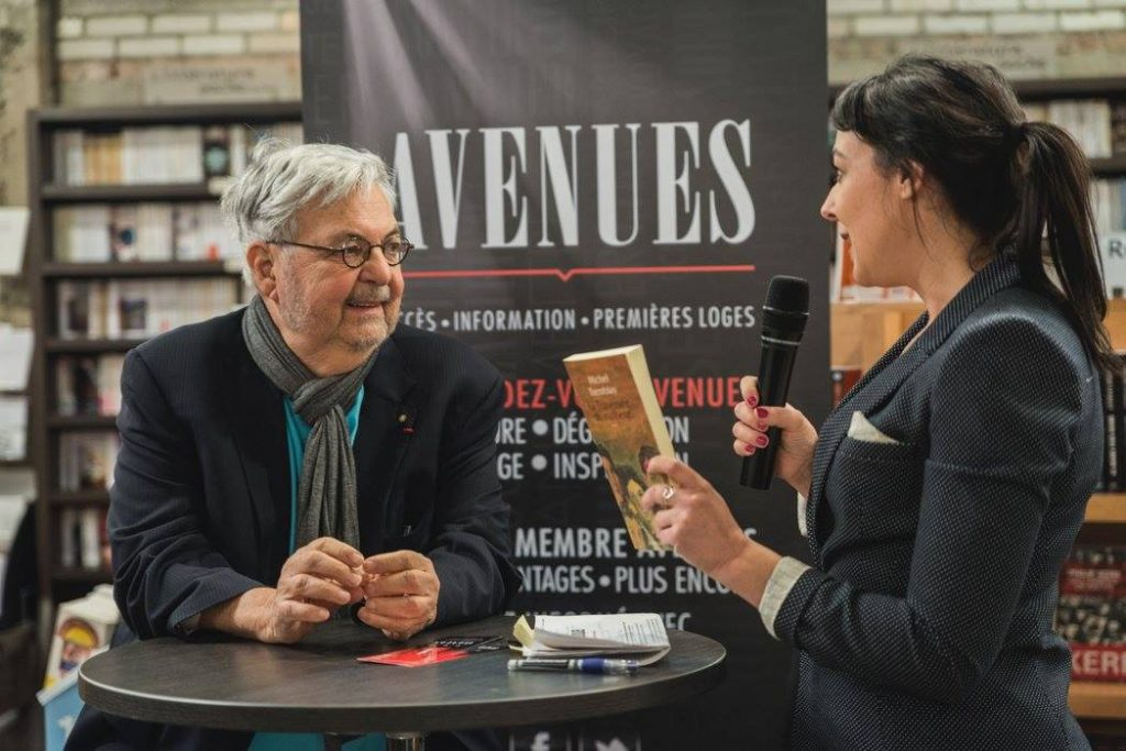 Photo: Maxence Mounier Claudia Larochelle en entrevue avec Michel Tremblay lors du RDV Avenues Culture Le Salon avant le Salon 2015