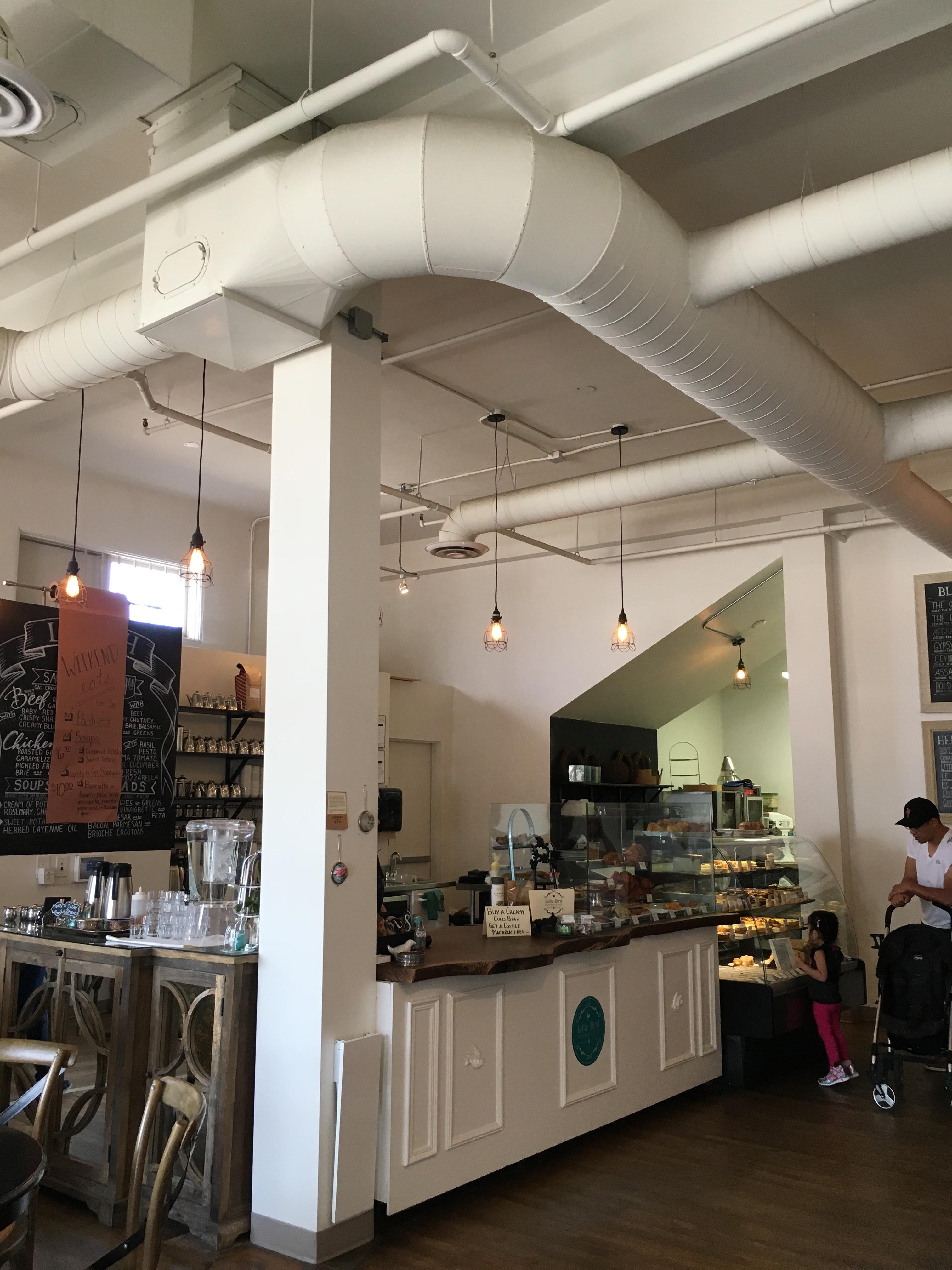 Photo: Marie-Julie Gagnon Le café Little Bird à Saskatoon. Très sympa!