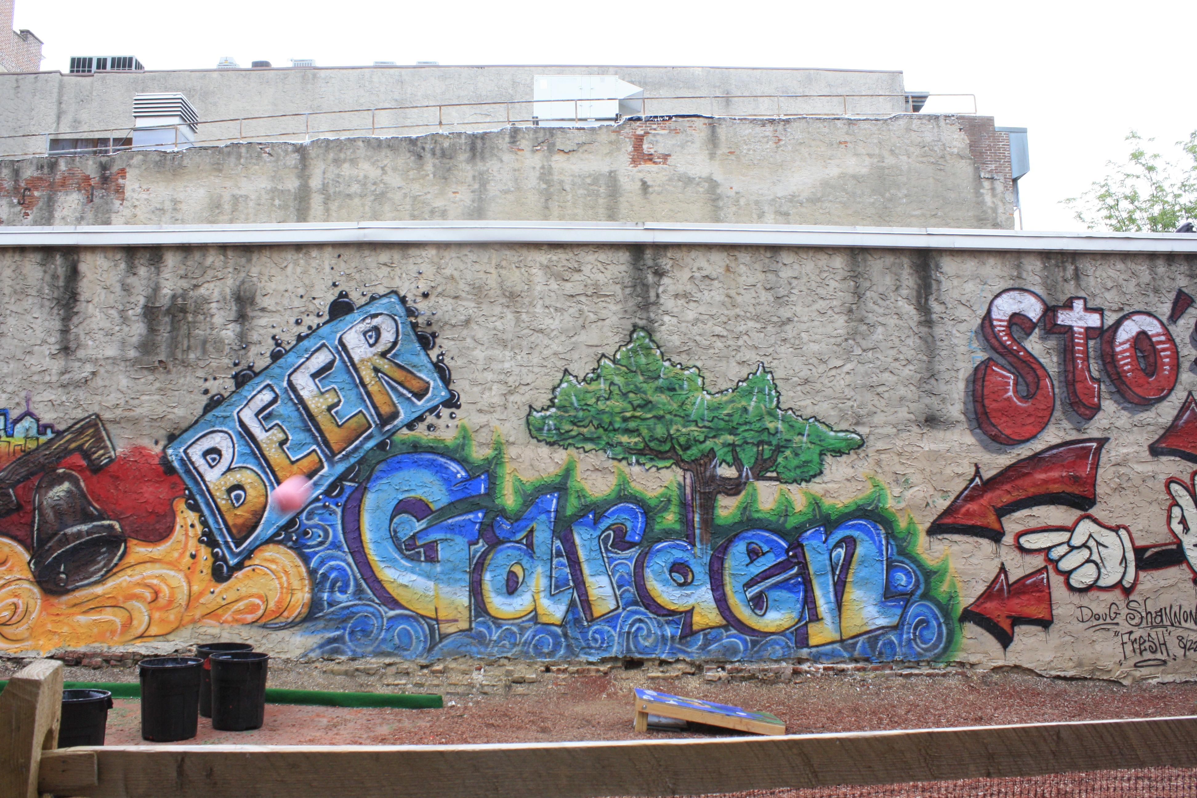 Photo: Véronique Leduc Petit Beer garden improvisé