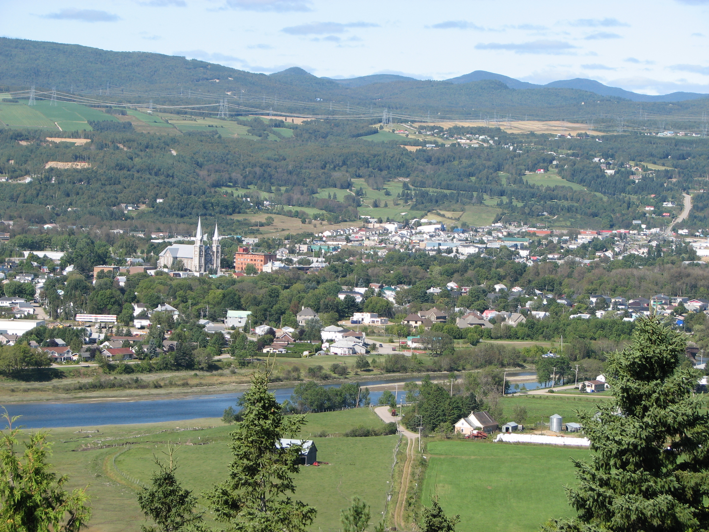 Baie Saint-Paul avec ses paysages et ses galeries d'art. Photo: Wikimedia Commons