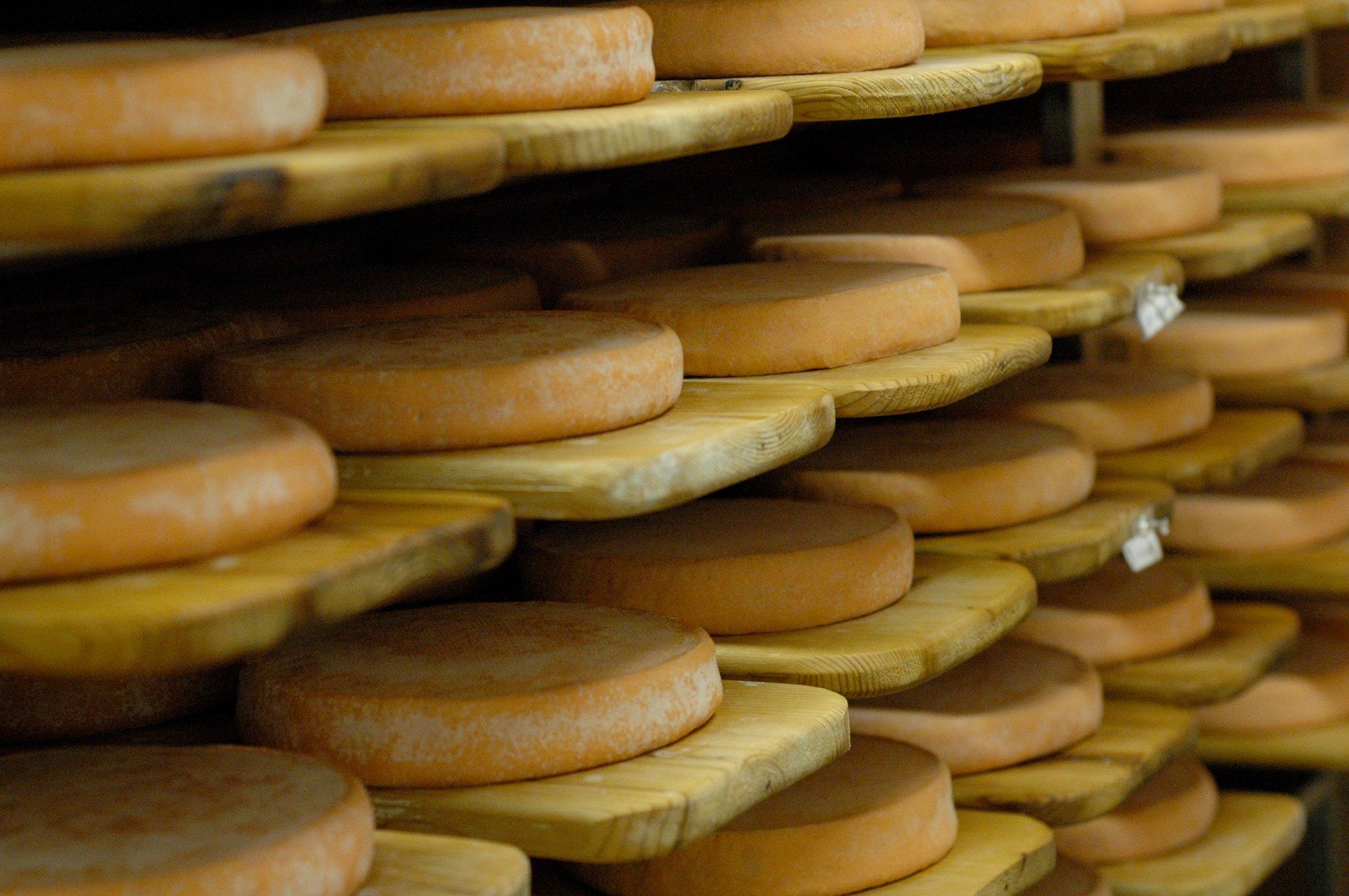 Photo: Facebook Association des fromagers artisans du Québec Les fromagers québécois s'inquiètent de l'impact de l'AECG sur le marché québécois et canadien du fromage alors que les fromages européens seront sans doute plus accessibles sur le marché d'ici.