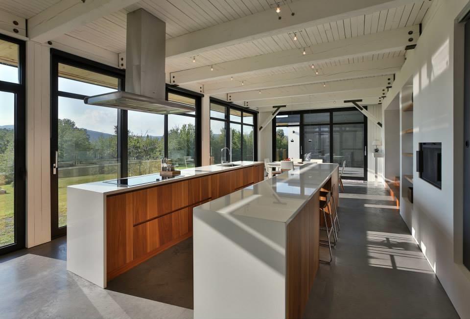 La cuisine fonctionnelle du Phénix. Photo: Thellend Fortin Architectes