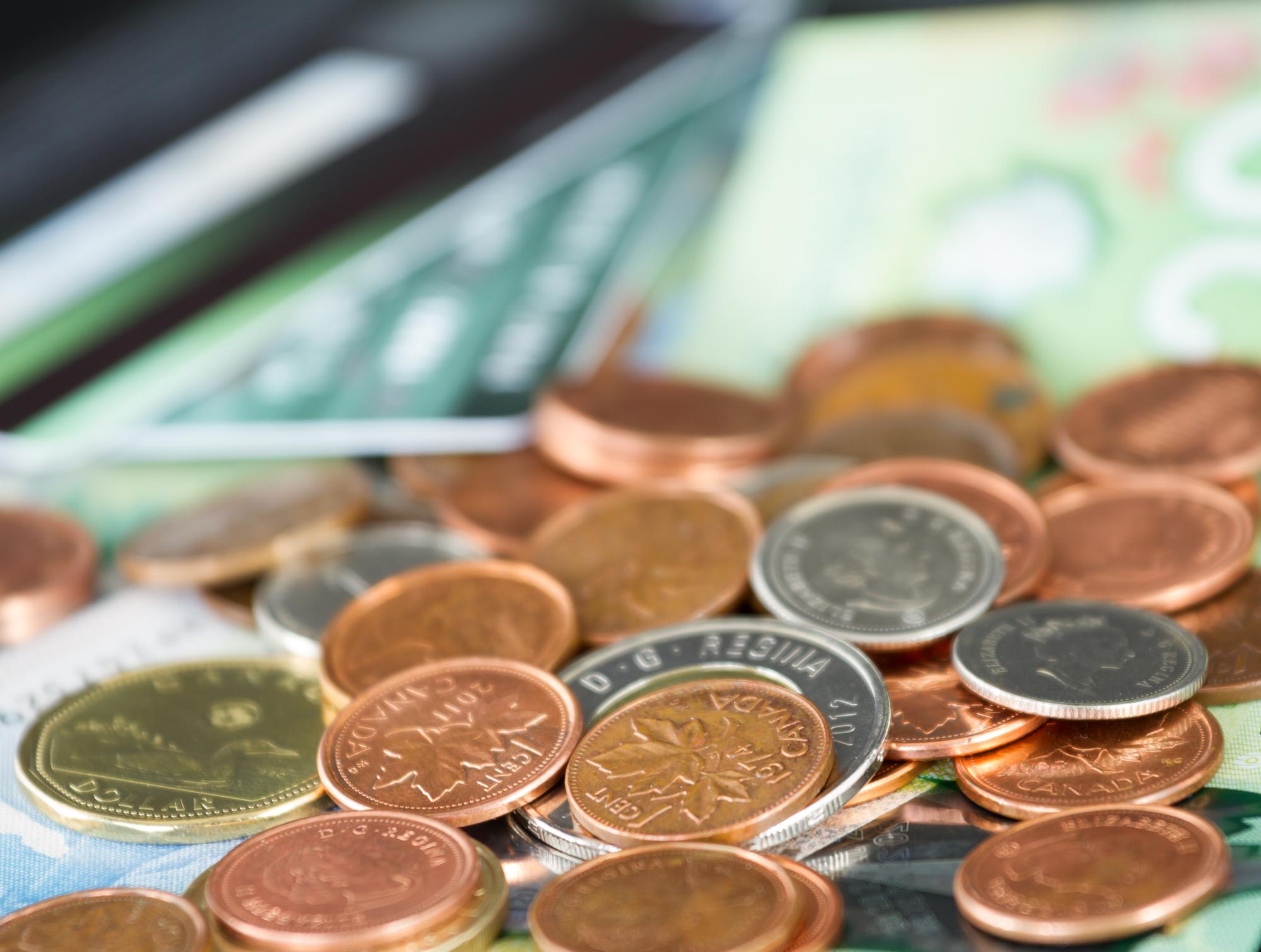 Photo: Deposit Photos Les baisses d'impôt annoncées totaliseront 0,76 $ par jour pour chaque contribuable québécois