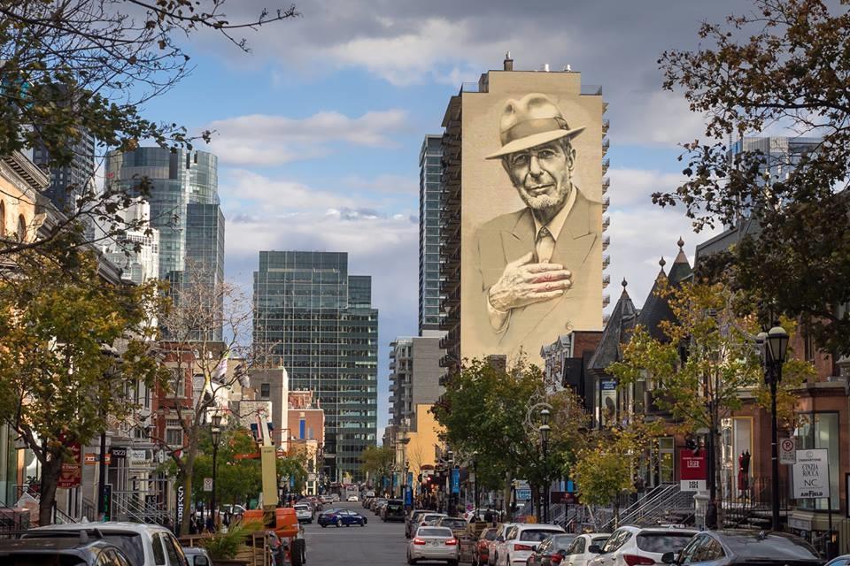 L'immense fresque de Leonard Cohen sur la rue Crescent. Photo: Olivier Bousquet
