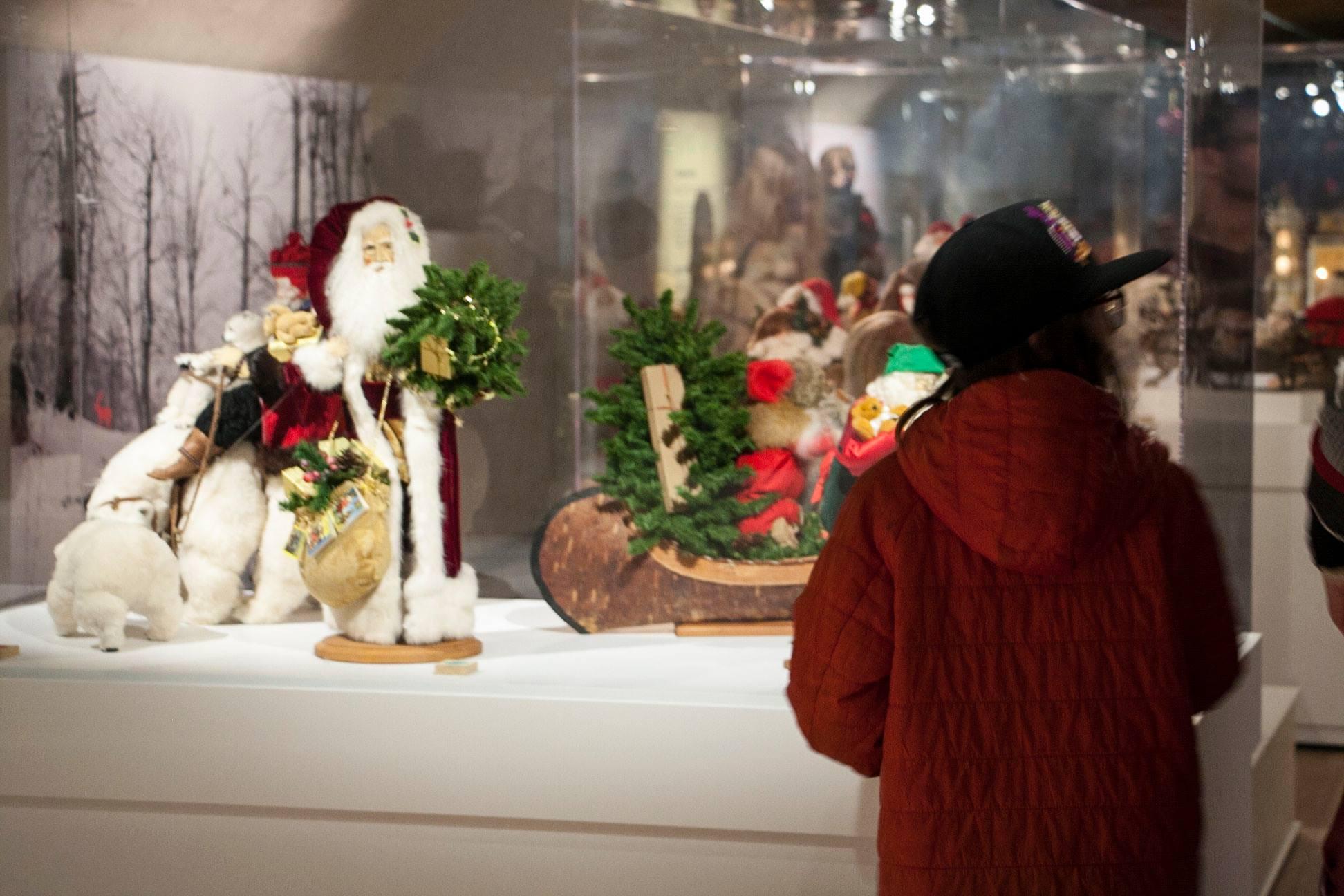 L'exposition les pères Noël s'installent au musée Photo: Facebook Musée Stewart