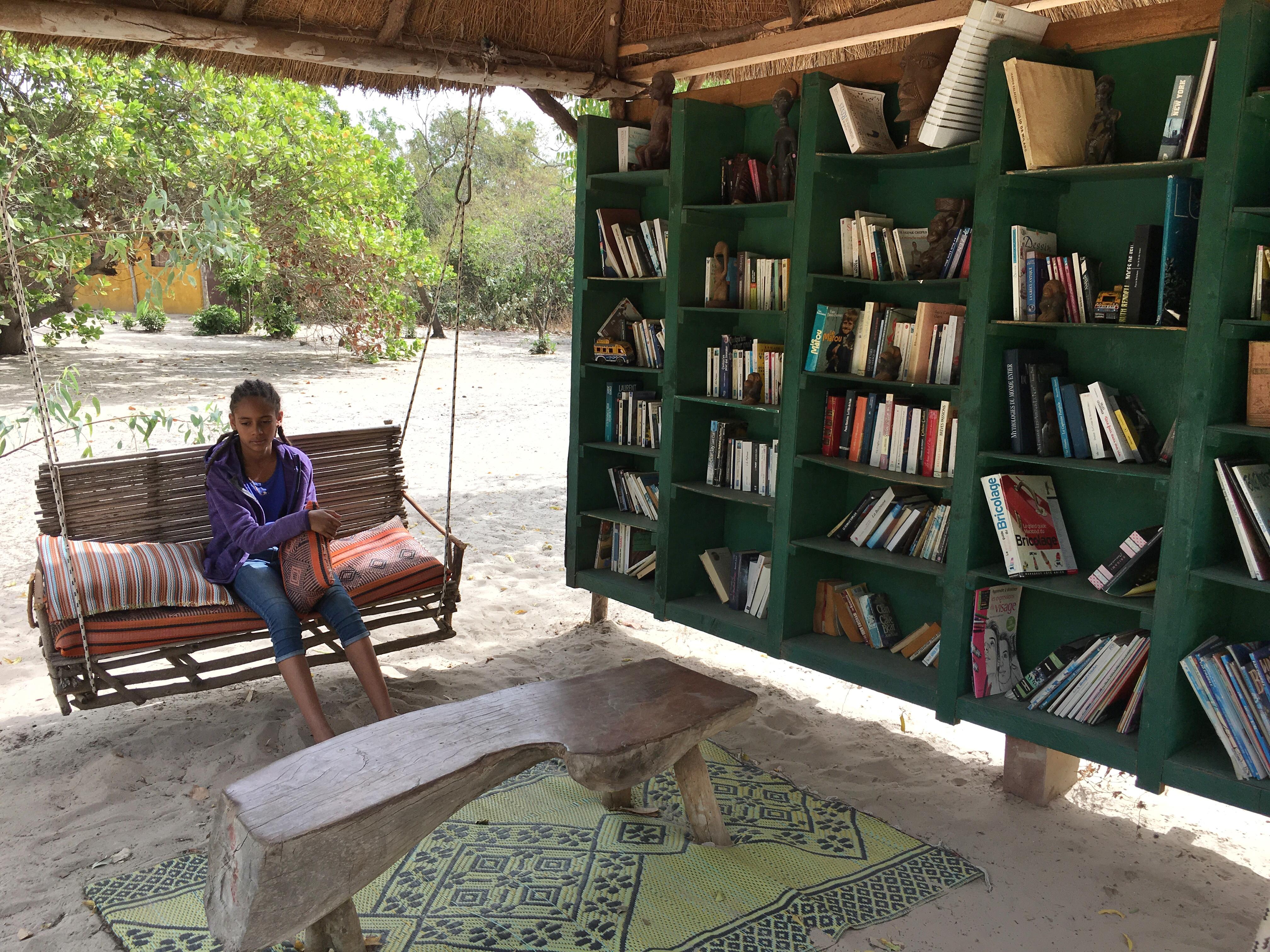 La bibliothèque en plein air, vraiment sympathique.  Photo: Marie-Julie Gagnon