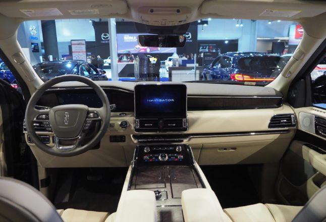 Les technologies au salon de l 39 auto de montr al avenues for Salon des technologies