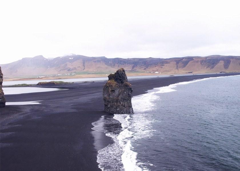 Voyager en Islande offre cette impression d'être seul au monde et d'être la première personne à explorer ce lieu.