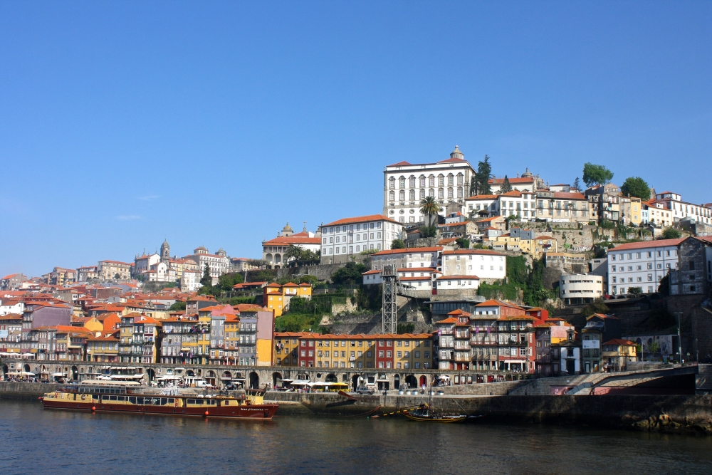Porto, Portugal. Photo: Trevor Huxham, Flickr