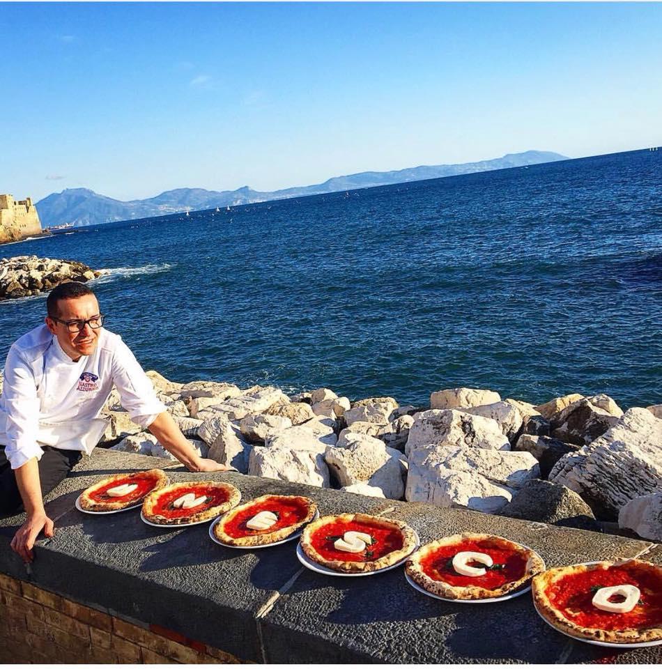 La candidature de la pizza napolitaine a déclenché les passions à Napoli. Photo: Facebook Gino Sobillo artista pizza-napoletana