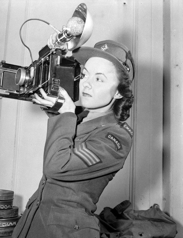 Photo:Lieutenant Arthur L. Cole.Bibliothèque et Archives Canada