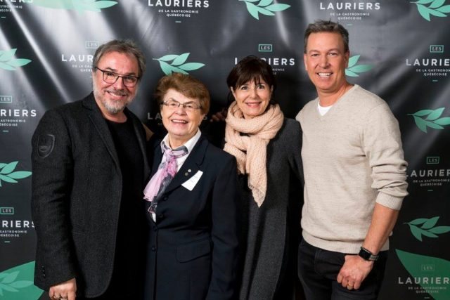 Christian Bégin, Sœur Angèle, Josée di Stasio et Ricardo. Photo: Facebook Les Lauriers de la Gastronomie Québécoise