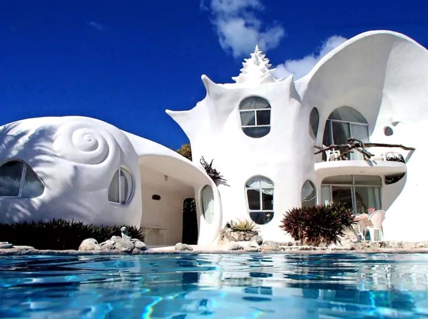 Piscine creusée et ciel bleu, qui dit mieux? Photo: airbnb.com