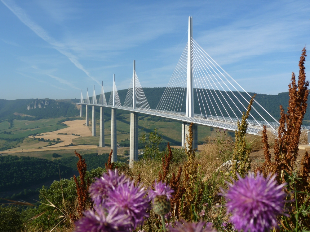 Le viaduc de Millau. Photo: schiiiinken, Flickr