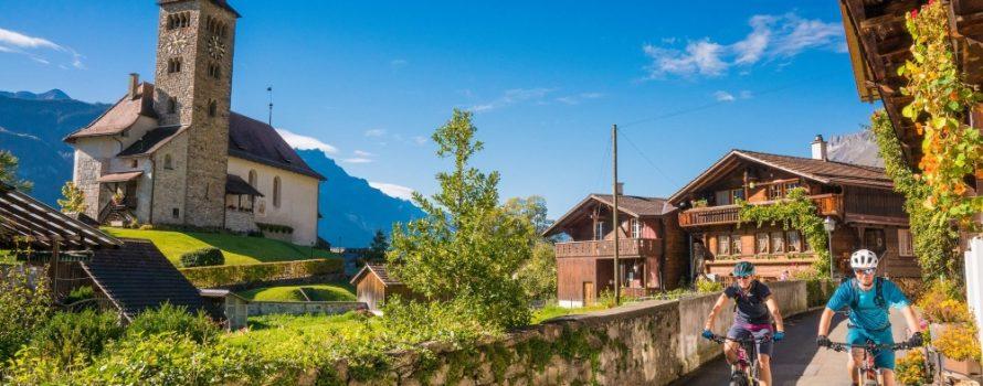 Découvrir les beautés de la région en vélo. Photo: Facebook Interlaken, Switzerland