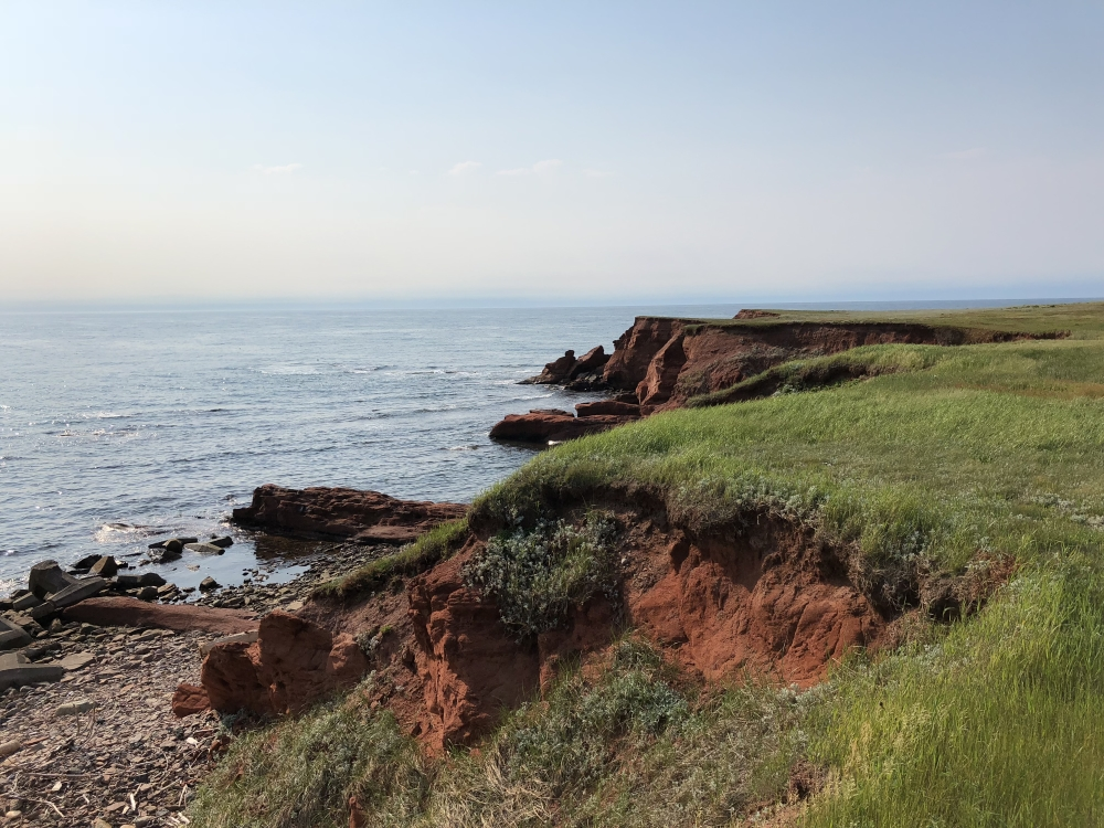 Paysage des Îles traversé par les Sentiers Vents et Marées. Photo: Marie-Julie Gagnon