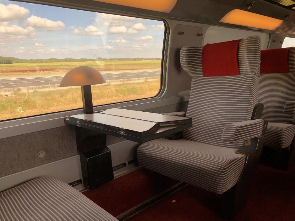 En première classe dans le train Paris-Annecy. Photo: Marie-Julie Gagnon