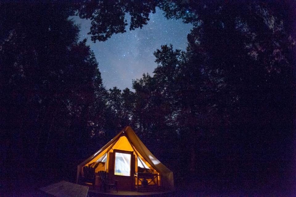 La saison de camping et de prêts-à-camper prend fin le 27 octobre au Parc national du Mont-Tremblant. Photo: Facebook Parc national du Mont-Tremblant