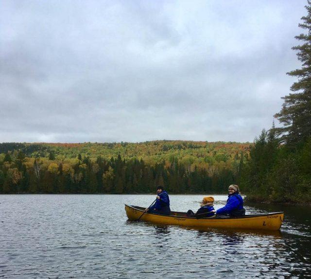 En canot sur le lac de L'Assomption. Photo: Anne Pélouas