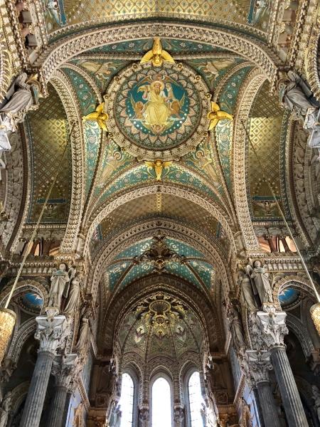 À l'intérieur de la magnifique basilique. Photo: Marie-Julie Gagnon