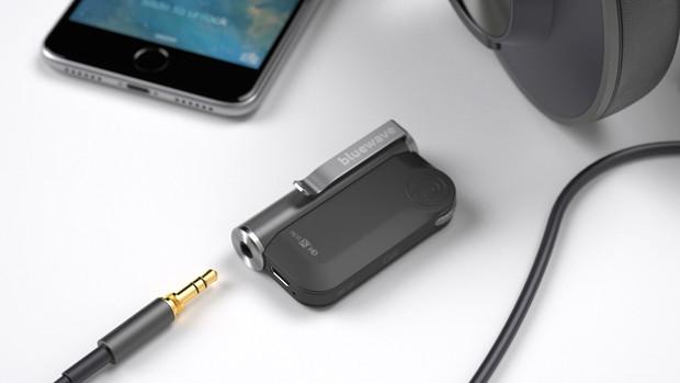 le GET de Bluewave, permet de rendre un casque audio existant compatible avec la technologie Bluetooth, afin d'écouter de la musique ou de faire des appels sans fil.