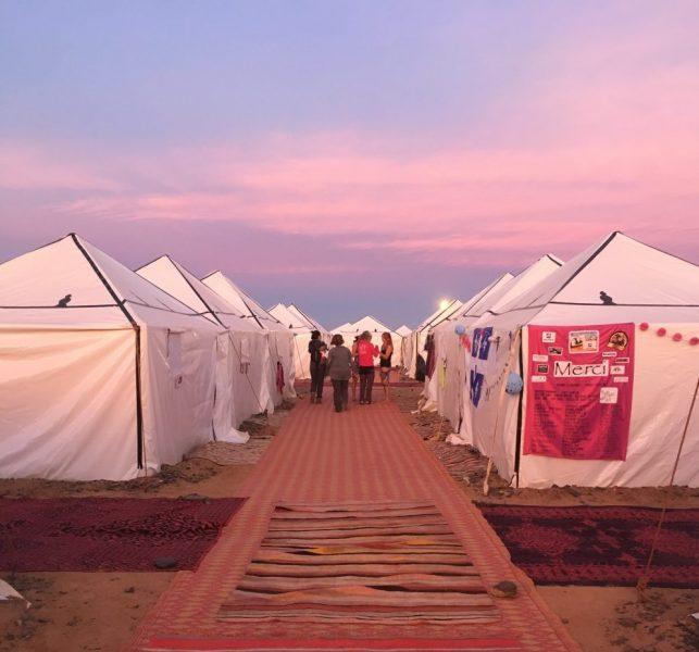Coucher de soleil sur les tentes des participantes. Photo: Véronique Leduc