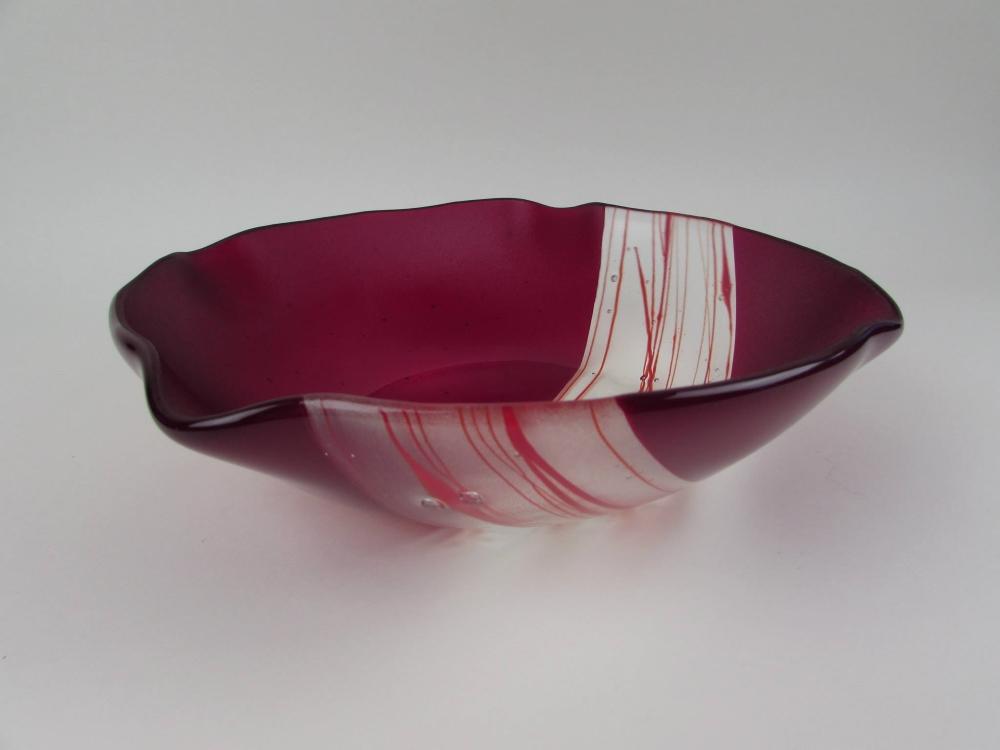 Les créations en verre de Nancy Couturier seront disponibles au Marché de Noël d'Amos. Photo: Facebook Verrerie de la Montagne
